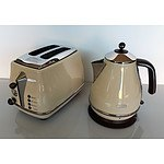 Display Unit - Delonghi Toaster and Kettle - Lot of 2