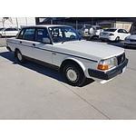 12/1987 Volvo 240GL  4d Sedan White 2.3L