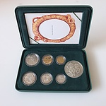 1995 Proof Australian Baby Coin Set with Gumnut Baby Medallion