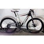 Giant Aluxx SL Fluidform 20-Speed Mountain Bike