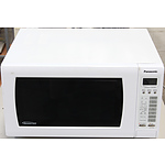 Panasonic 1100W Inverter Microwave Oven