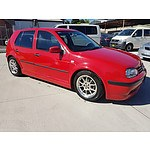 8/2001 Volkswagen Golf GL  5d Hatchback Red 1.6L