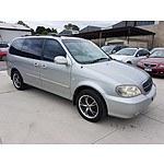 9/2003 Kia Carnival LS  4d Wagon Silver 2.5L