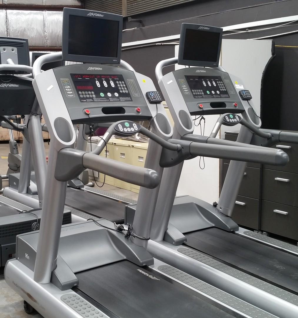 Life Fitness Treadmill History: Life Fitness 95Ti Treadmill With - Lot 895678