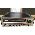 Hitachi SR-302 AM-FM Stereo Receiver with 2 Realistic Speakers