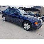 11/1997 Bmw 316i  3d Hatchback Blue 1.6L