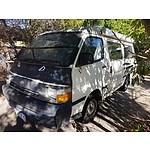 7/1996 Toyota Hiace 4d Camper Van White 2.4L