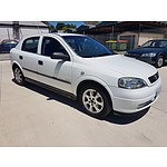 8/2005 Holden Astra Classic Equipe TS MY05 5d Hatchback White 1.8L