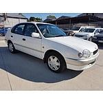 10/1999 Toyota Corolla Conquest AE112R 5d Liftback White 1.8L