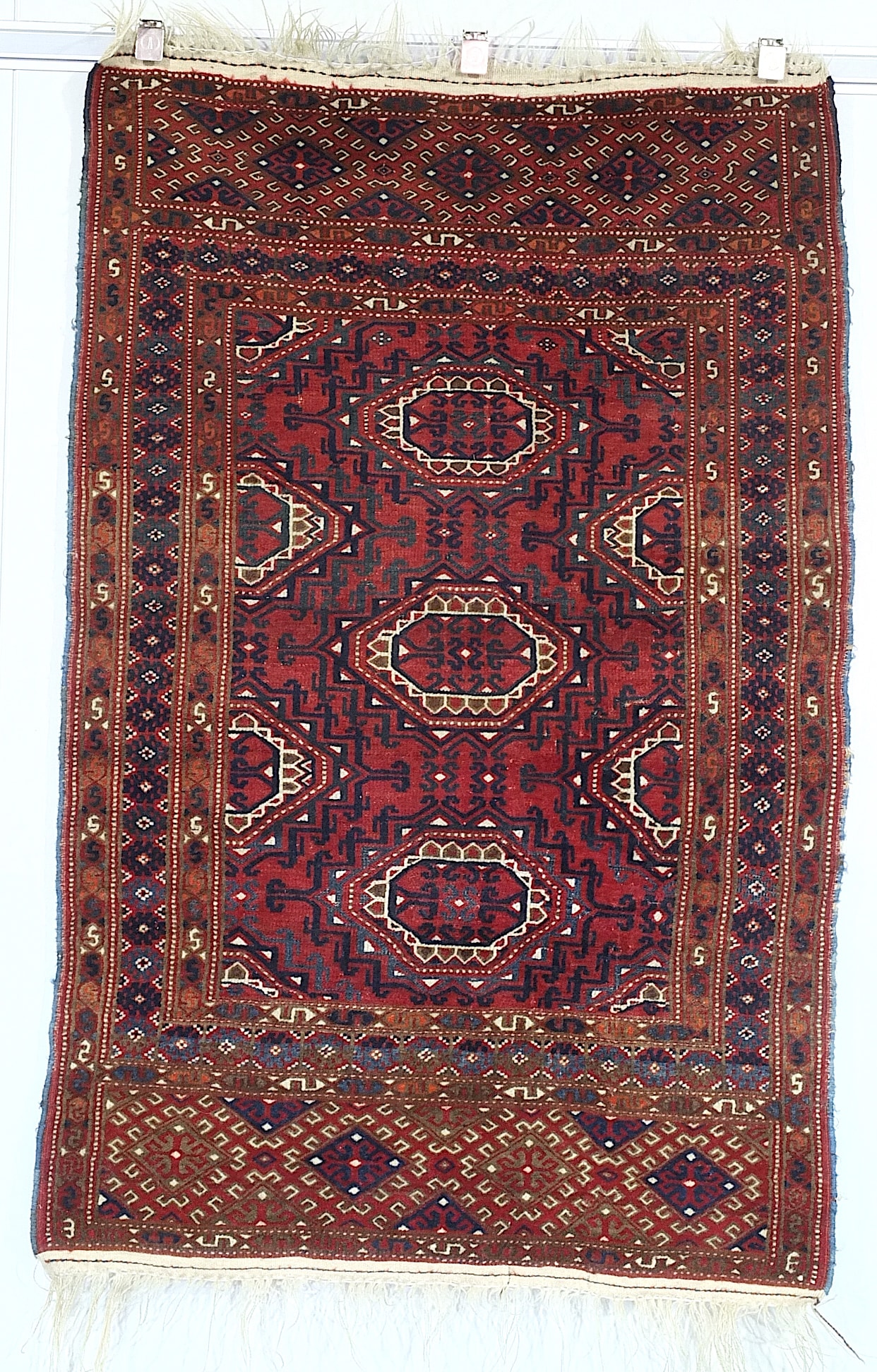'Turkmen Salor Gul Hand Knotted Wool Pile Rug, Early to Mid 20th Century'