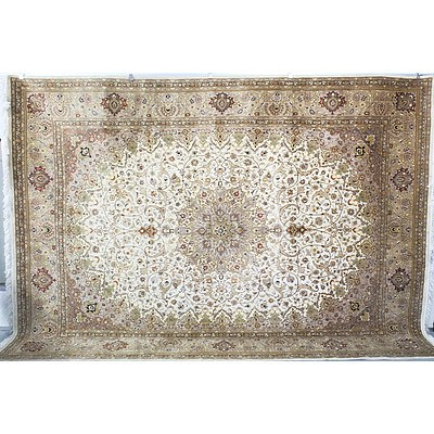 Large Genuine Hand Made Fine Kayseri Persian Carpet