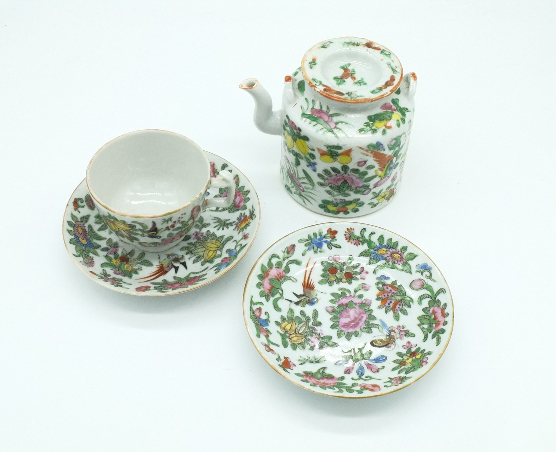 'Chinese Export Famille Rose Part Tea Service Early 20th Century'