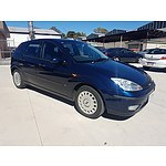 11/2003 Ford Focus CL LR 5d Hatchback Blue 1.8L