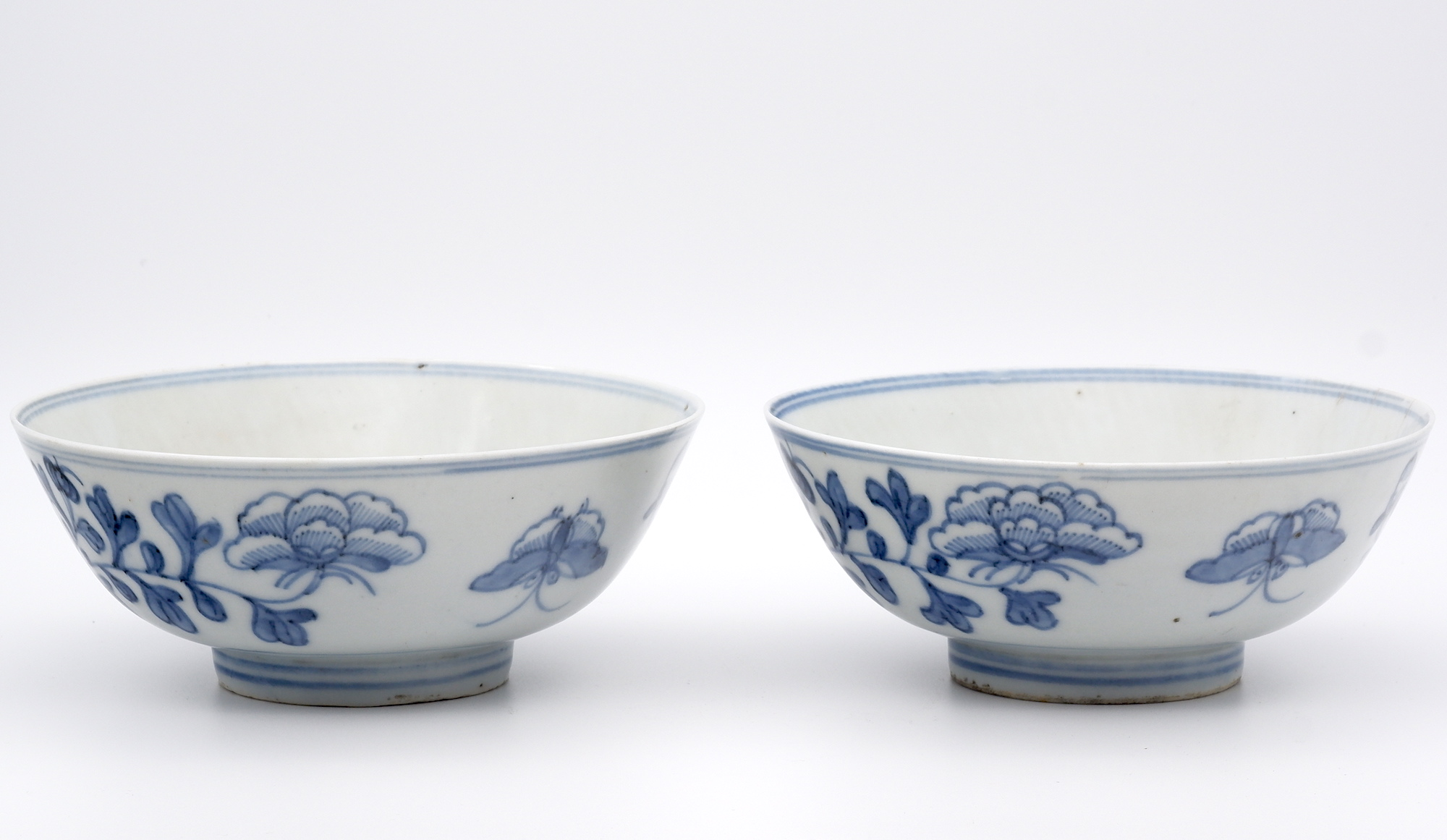 'Pair Chinese Blue and White Peony and Butterfly Bowls 19th Century'