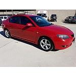 7/2004 Mazda Mazda3 MAXX BK 4d Sedan Red 2.0L