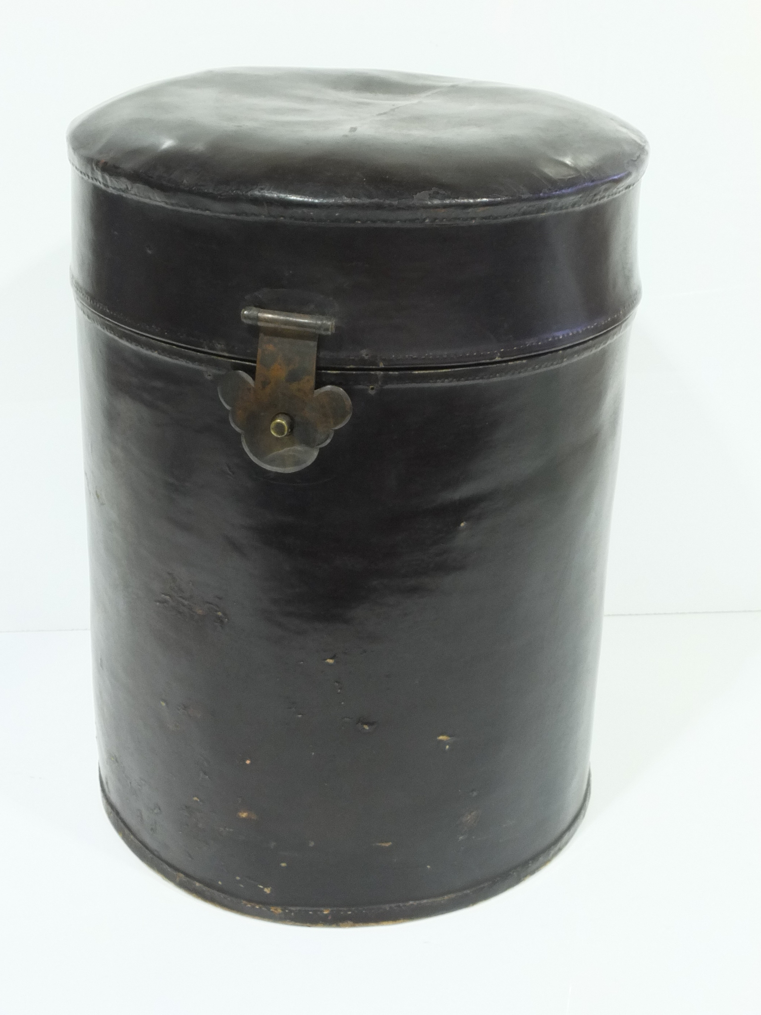 'Chinese Black Lacquered Vellum Hat Box'