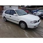 8/2001 Toyota Corolla Ascent SECA AE112R 5d Liftback White 1.8L