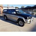 10/2000 Mitsubishi Triton GLS (4x4) MK Double Cab Utility Black / Silver 3.0L