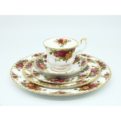 Royal Albert Old Country Roses Five Piece Setting