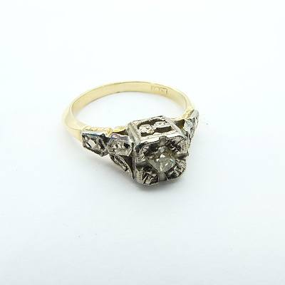 Antique 18ct Yellow and White Gold Ring with Old Mine Cut Diamond in illusion setting