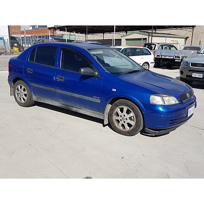 10/2005 Holden Astra Classic Equipe TS MY05 5d Hatchback Blue 1.8L