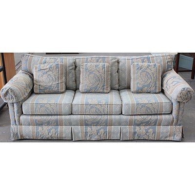 Drexel Heritage Three Seater Sofa Lot 992188 Allbids