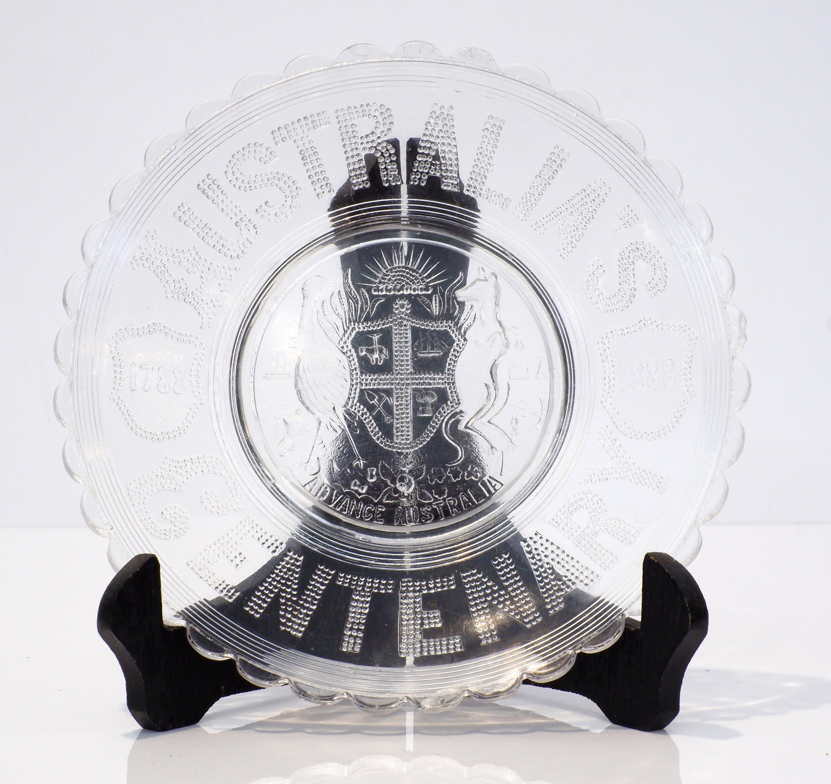 'Australian Centenary Glass Dish 1788-1888'
