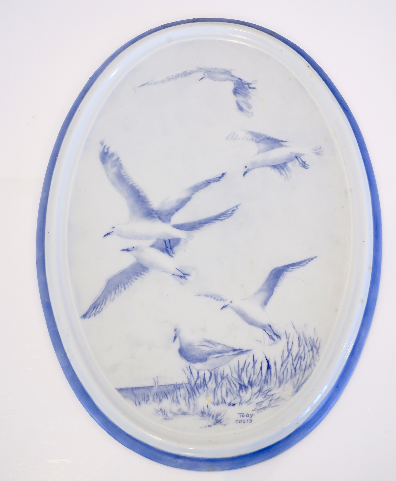 'Hand Painted Porcelain Dish by Toby Presented to Sir William Keys for Opening the Nursing Wing of the Ex-Servicemens Home Ballina 1981'