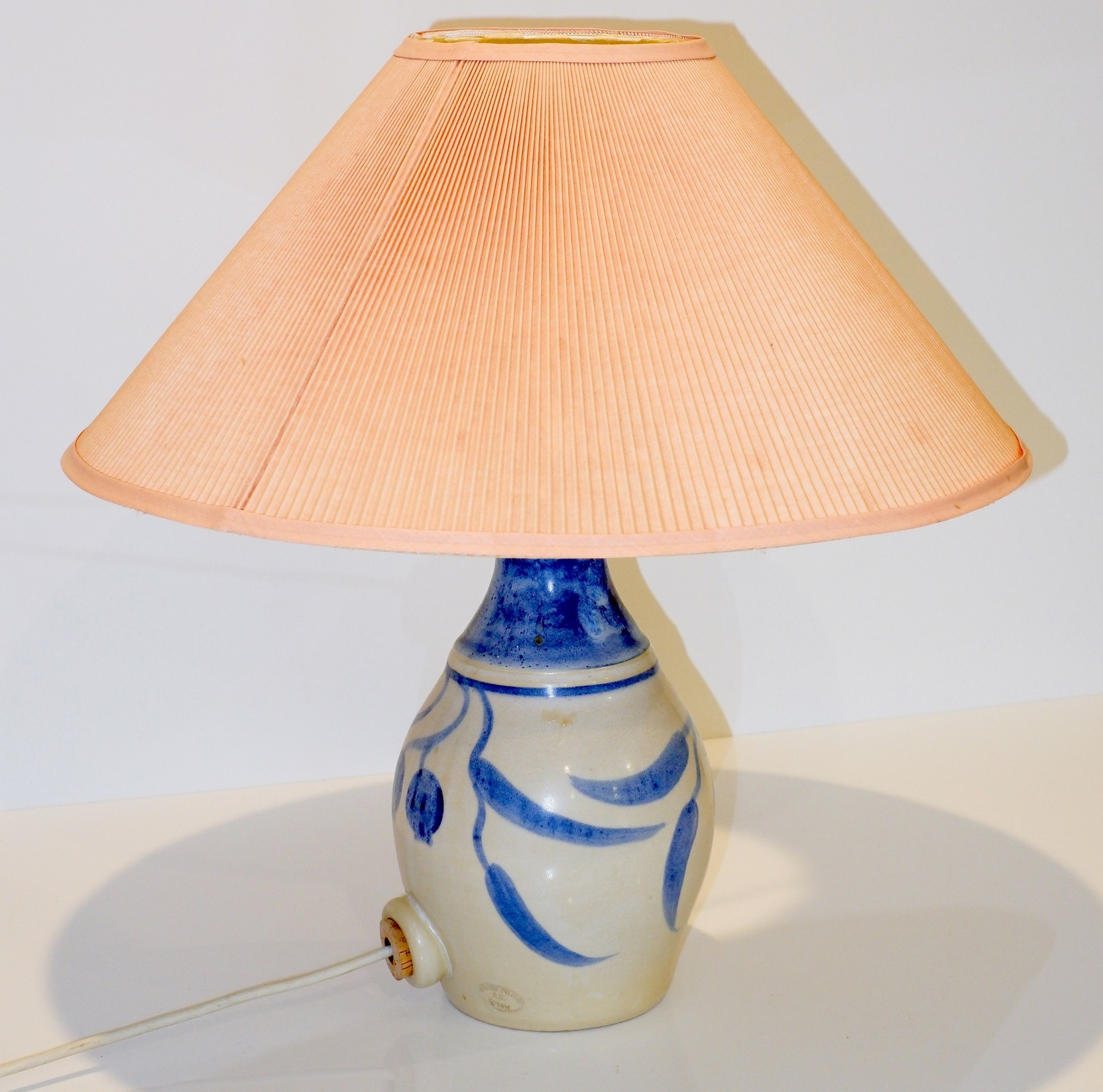 'Bendigo Pottery Stoneware Lamp Base Decorated with Gumnuts'