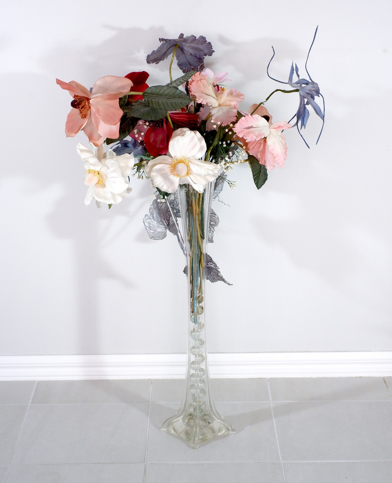 'Tall Bohemian Blown Glass Dining Table Vase with Silk Flower Arrangement'