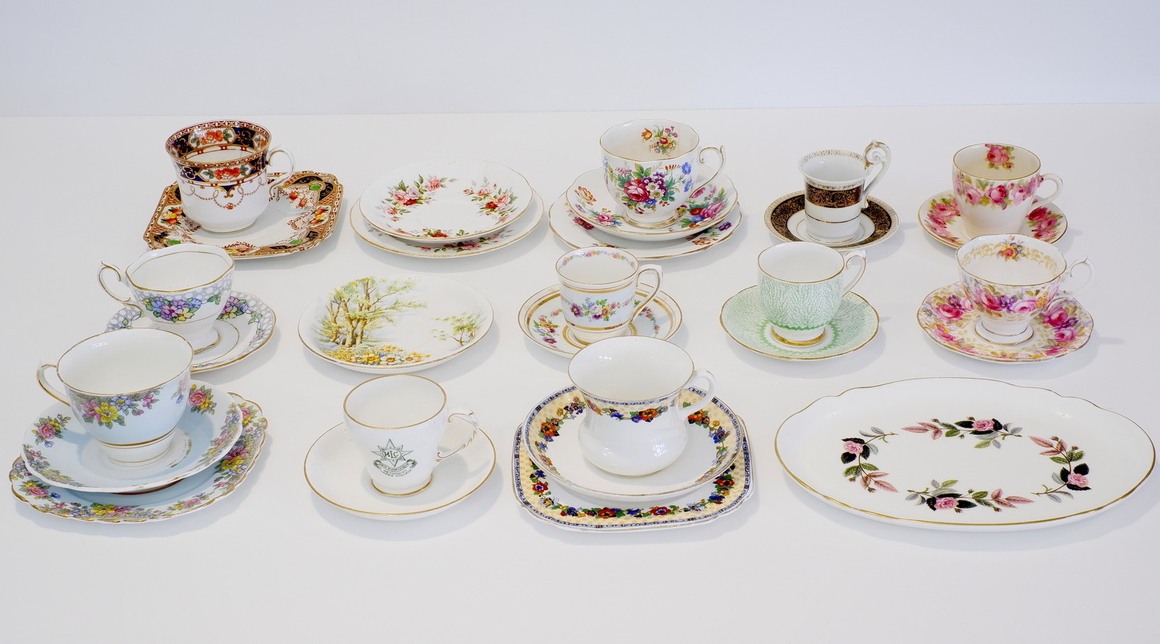 'Various English China Cups, Saucers, Plates etc'
