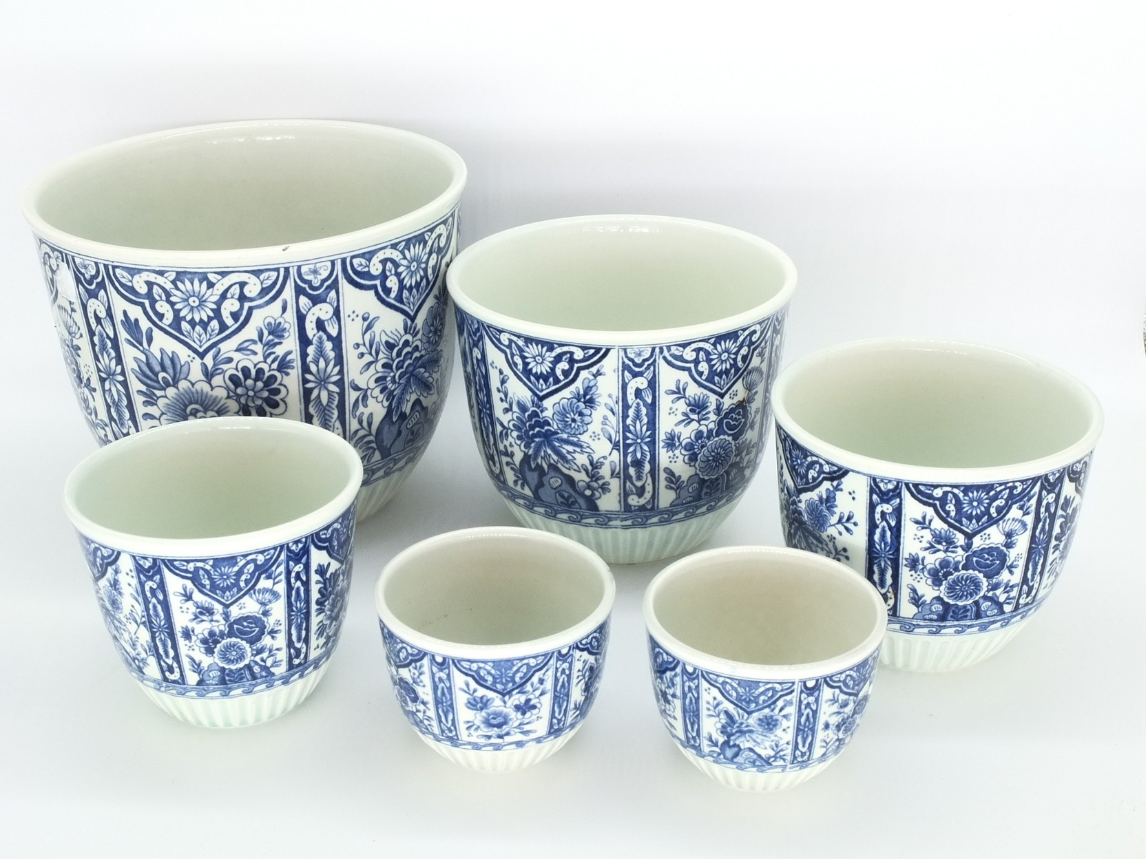 'Group of Delft Transfer Printed Graduating Bowls'