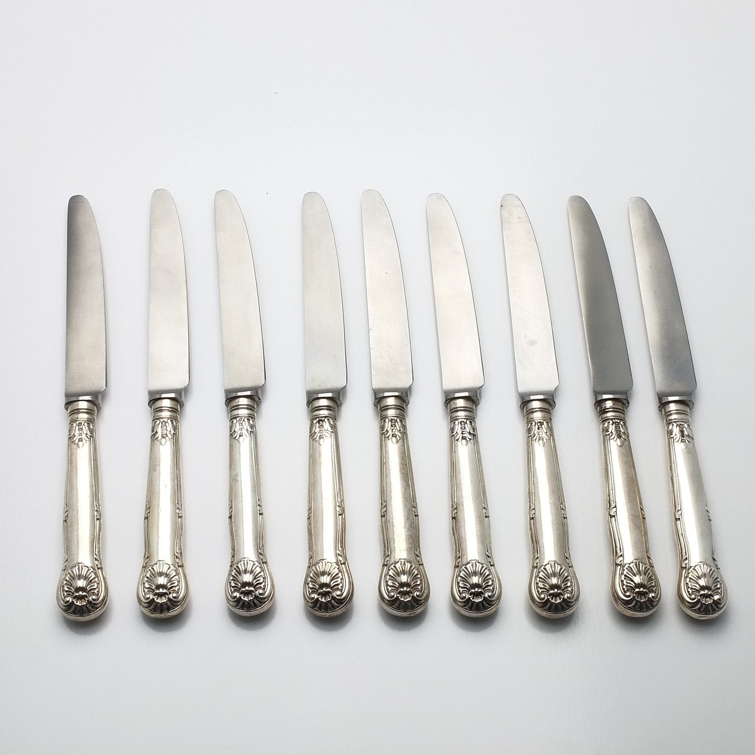 'Nine Victorian Sterling Silver Handled Kings Pattern Entree Knives Chawner & Co London'