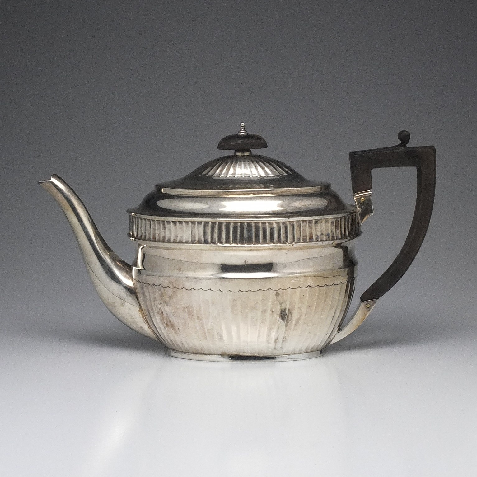 'George III Sterling Silver Teapot Abstinando King London 1804'