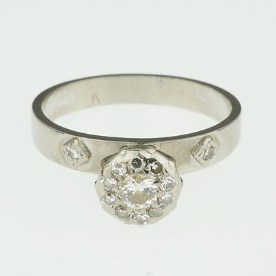 18ct White Gold Engagement Ring With Round Diamond Cluster