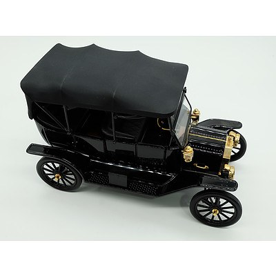 Franklin Mint 1913 Ford Model T 1:16 Scale