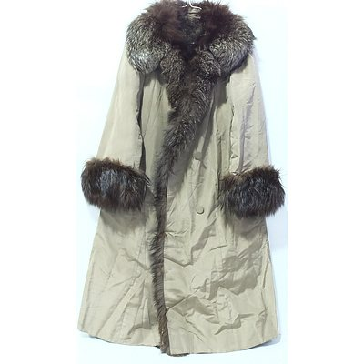Ladies Jean Claude Oberion Fur Coat