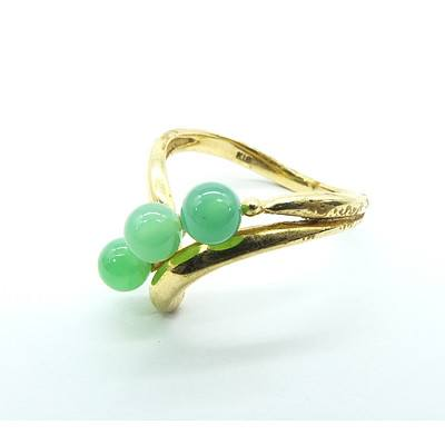 18ct Yellow Gold Ring with Three Round Chrysoprase Beads