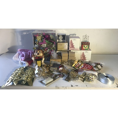 Mixed Lot of Christmas Decorations and Ornaments