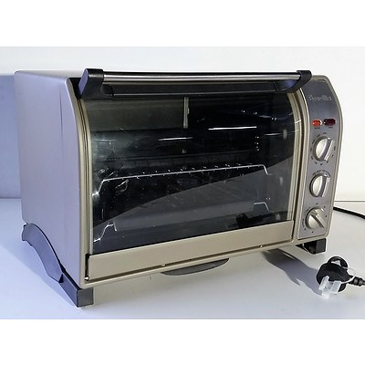 Breville Convection Oven Model B0V550 - 1500W - RRP=$250.00 when new