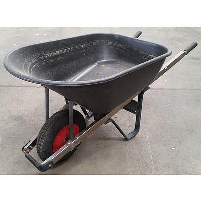 150L Black Bucket Wheelbarrow