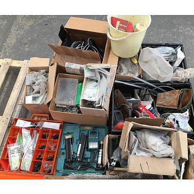 Large Collection of Hardware and Accessories