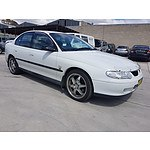 11/2000 Holden Commodore Executive VX 4d Sedan White 3.8L