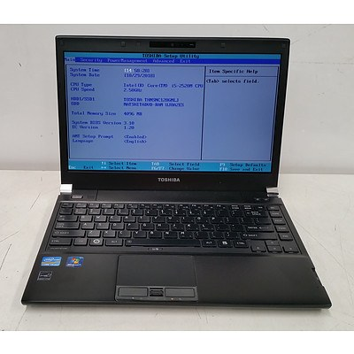 Toshiba Portege R830 Core i5 (2520M) 2.50GHz 13-Inch Laptop & Docking Station