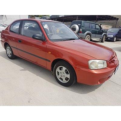 5/2000 Hyundai Accent GL LC 3d Hatchback Orange 1.5L