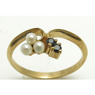 9ct Gold Sapphire & Pearl Ring
