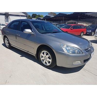 8/2004 Honda Accord V6 Luxury 40 4d Sedan Silver 3.0L