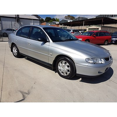 9/2001 Holden Commodore Acclaim VXII 4d Sedan Silver 3.8L