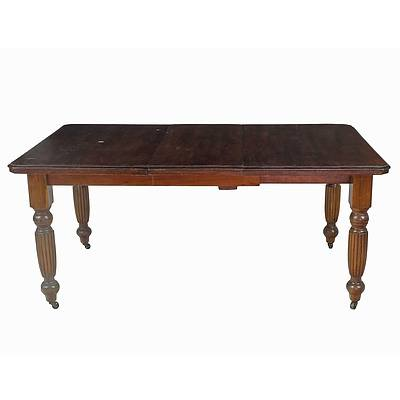 Edwardian Walnut Finish Extension Table Early 20th Century