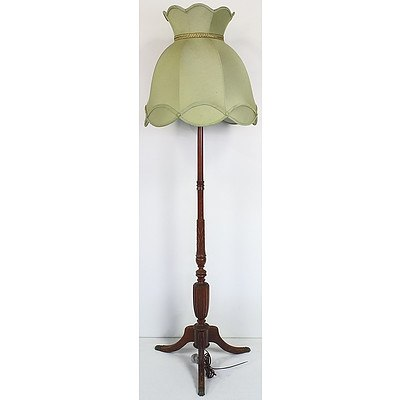 Regency Style Standard Lamp with Brass Lion's Paw Sabots